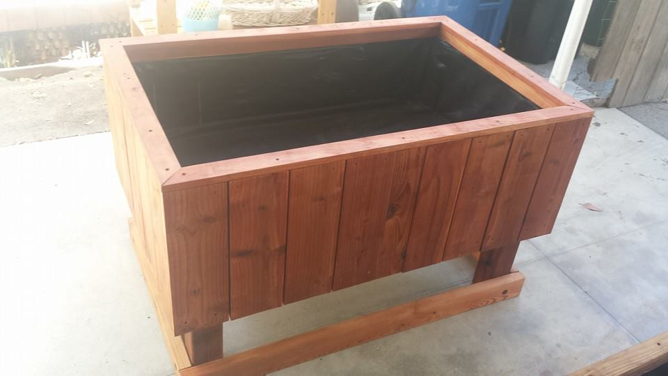 Heavy duty redwood elevated garden planter