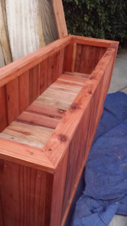 Beautiful all heart redwood elevated raised bed planters