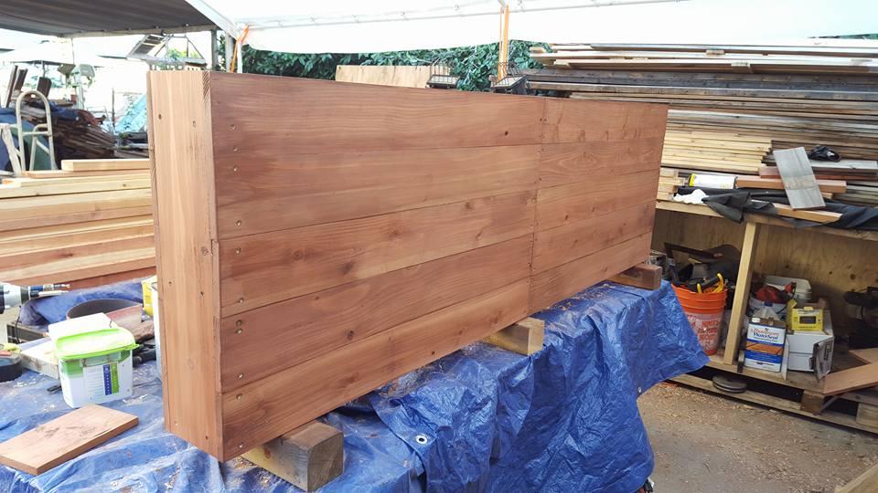 "82""x7""x25"" - horizontal style planter redwood"