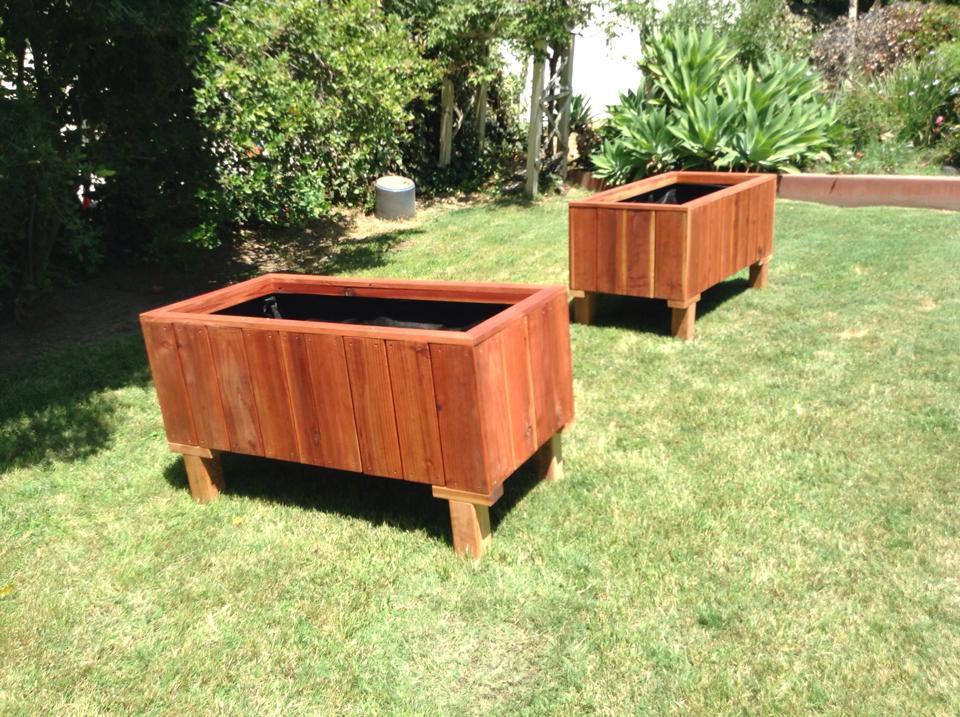 "Custom Redwood planter with ""feet"""